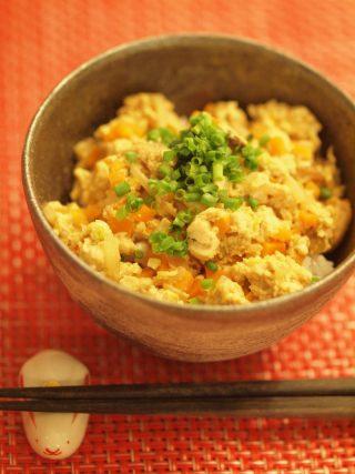 子供も好きな味☆豆腐のカレー風味丼☆