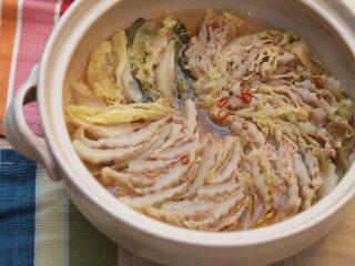 黒豚と白菜のミルフィーユ鍋