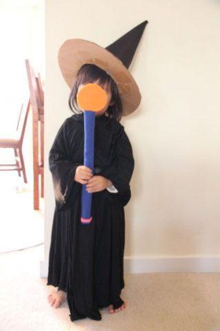 ハロウィン 手作りで魔女の衣装