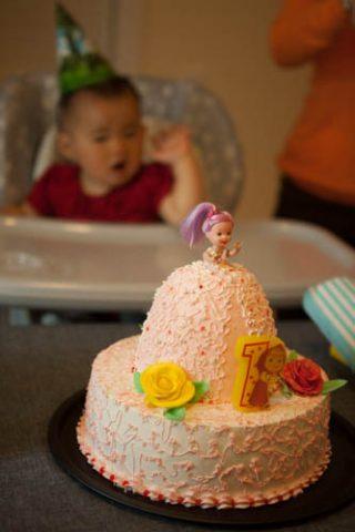 ナタリーの誕生日会  プリンセスケーキ