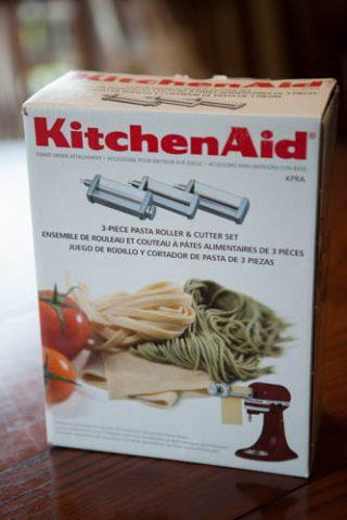 キッチンエイドのパスタマシンで手作りパスタ