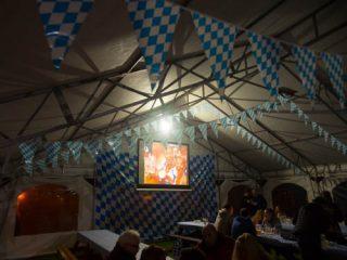 ロシアでドイツのビール祭り Oktoberfest