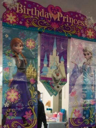 アナと雪の女王がテーマの誕生日会