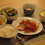 体脂肪計タニタの社員食堂より☆鮭の野菜ソース定食☆